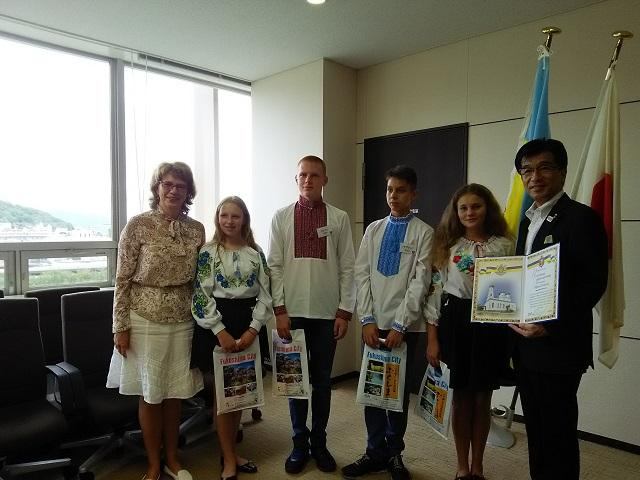 福島&ウクライナ子ども交流プログラム(福島市長表敬訪問)