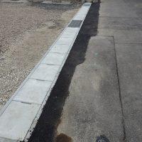 側溝の補修工事