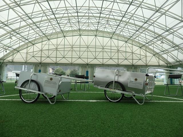福島市内11ライオンズクラブ合同アクティビティ「十六沼公園リヤカー寄贈式」