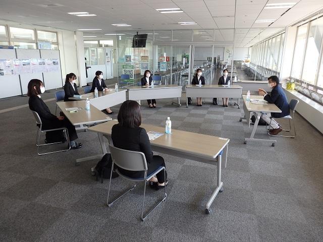 福島市長と学生さん(主に春のインターン生)との懇談会